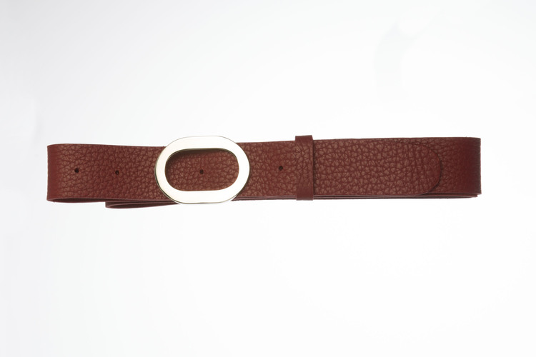 TETIS R - Leather belt with oval buckle